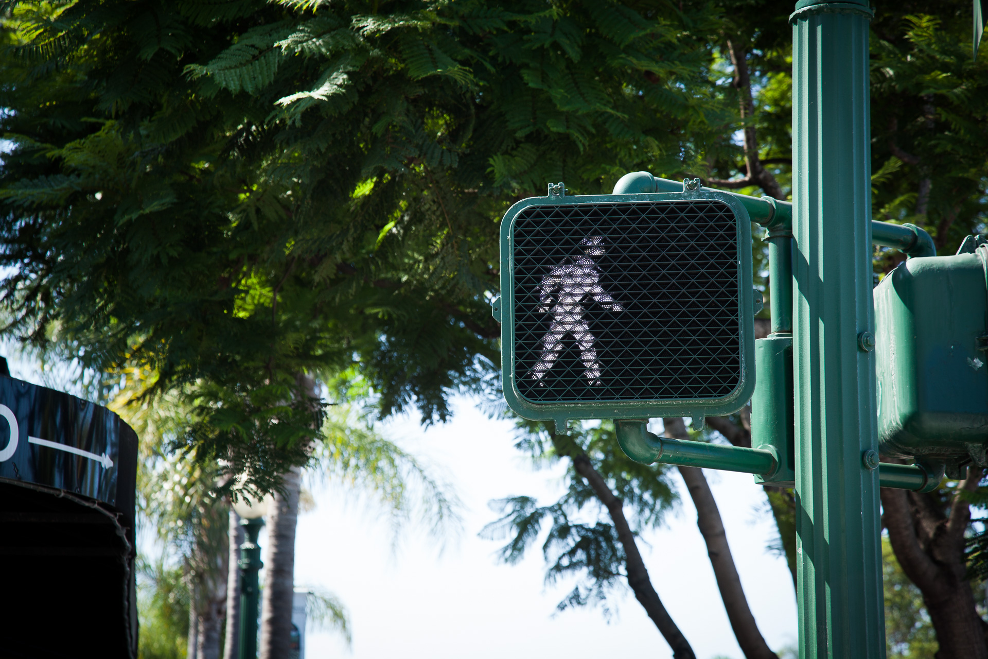 crosswalk_sign